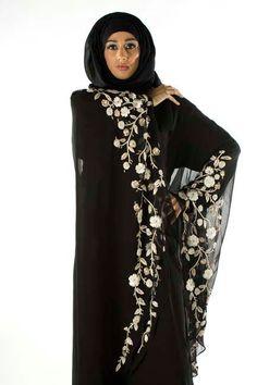 Hijab Style: Akhawat Abaya Couture Launch