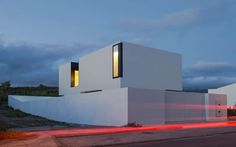 Architects: Salworks (http://www.sal.works) Location: Ponta Delgada, Portugal Author: Rui Sabino de Sousa Collaborators: Gonçalo Cordeiro Pires Project Area:...