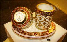Marble handicrafts pen stand