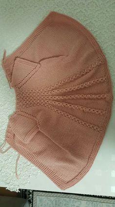 Baby Knitting Patterns Knitting pattern available on Makerist! Baby Knitting Patterns, Shrug Knitting Pattern, Knitting For Kids, Baby Patterns, Hand Knitting, Crochet Patterns, Baby Girl Crochet, Crochet Baby Booties, Crochet Cross