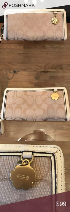 Coach Wallet It is like a new, worn only a few times. It is in excellent condition. Coach Bags Wallets