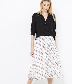 55ae126ded774e 28 meilleures images du tableau Skirts en 2019   Jupes pour femmes ...