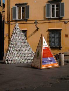 Pyramid by Natalia Petrova e Alexei Petrov (winners of Cartasia 2007)