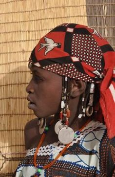 Such a gorgeous profile...  Portrait of a Tuareg woman. Burkina Faso | © Rhoda1 on Wanderlust