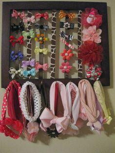 PAP - Porta laços e faixas de cabelo.