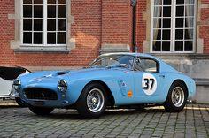 Ferrari 250 GT SWB / #blue #ferrari