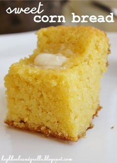 High Heels and Grills: Sweet Corn Bread. This is the best corn bread I have ever had. And it's really easy too! High Heels and Grills: Sweet Corn Bread. This is the best corn bread I have ever had. And it's really easy too! Sweet Cornbread, Best Cornbread Recipe, Jiffy Cornbread Recipes, Cornbread Cake, Homemade Cornbread, Homemade Breads, Corn Bread Recipe Moist, Corn Light Bread Recipe, Sweets