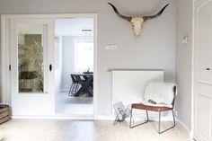 Stoer Landelijk Interieur : Landelijke stoere sobere linnen loveseat timo fauteuils