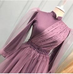 Modest Fashion Hijab, Muslim Fashion, Fashion Dresses, Hijabi Gowns, Hijab Dress Party, Stylish Dress Designs, Formal Dresses With Sleeves, Muslim Dress, Frack