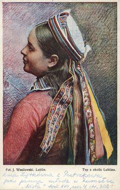 Lublin, ok. Ethnic Outfits, Ethnic Clothes, Folk Costume, Costumes, Polish Wedding, Polish Folk Art, Folk Clothing, Baba Yaga, Old Postcards