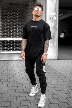 Men's Street Style, Blazer Outfits Men, Dope Outfits For Guys, Trendy Mens Fashion, Printing Process, Short Sleeve Tee, Tee Shirt, Black White, Crew Neck