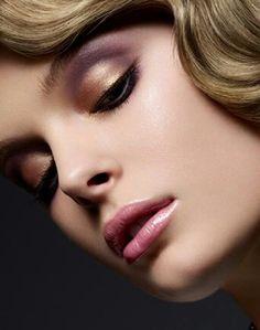 Eye Makeup, Hair Makeup, Gold Eyeshadow, Pink Lips, Gorgeous Hair, Beautiful, Simple Makeup, Makeup Inspiration, Hair Beauty