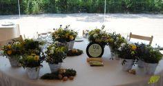 Decoración de flores rústica para boda en Villa Santa Ana. Mayula Flores