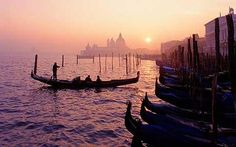 Google Image Result for http://i.telegraph.co.uk/multimedia/archive/01392/venice-sunset_1392857c.jpg