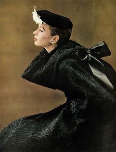 Suzy Parker, photo by Richard Avedon, Harper's Bazaar, November 1952 | flickr skorver1