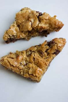 Dorie Greenspan's Chewy Chocolate Chip Walnut Blondies – The Cookie That Gives Blog
