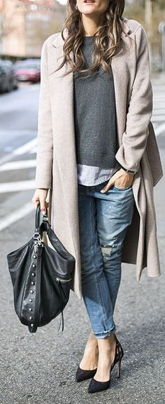 Boyfriend jeans, long coat and layered shirt+knit. Love this outfit.