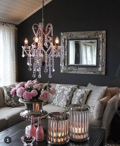 Things You Should Know About Cozy Living Room Decor Ideas To Copy 75 - findmynewhomes Glam Living Room, Living Room Decor Cozy, Home Interior, Interior Design, Home Decor Shops, Trendy Home, Apartment Living, Room Inspiration, Decorating Your Home