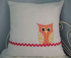 Owl Pillow for a little girls room...so cute!