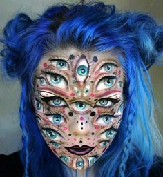 Awesome DIY Halloween Costumes and Makeup Tutorials for Women Yeux Halloween, Halloween Look, Maquillaje Halloween, Halloween Cosplay, Halloween Costumes, Halloween Face Makeup, Alien Halloween, Maquillage Sugar Skull, Horror Make-up