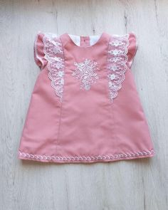 Dress for baby girl. Made in pink poplin makeup with embroidered details and adorned with embroidered tulle, cotton batiste liner If you need another size or have any questions contact me. Girls Dresses Sewing, Toddler Girl Dresses, Little Girl Dresses, Baby Girl Frocks, Frocks For Girls, Baby Frocks Designs, Kids Frocks Design, Baby Girl Dress Design, Cute Baby Dresses