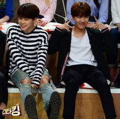 Chim Chim is so cute but then I look down and see his muscular thigh and idk what to think anymore XD [Picture/FB] BTS Rap Monster,J-Hope & Jimin at SBS Starking [160426]