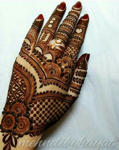 Mehndi Designs For hands - we made a detailed guide of mehndi designs for hands that can help you decide your upcoming mehendi look! Dulhan Mehndi Designs, Mehandi Designs, Latest Bridal Mehndi Designs, Mehndi Designs 2018, Stylish Mehndi Designs, Mehndi Design Pictures, Wedding Mehndi Designs, Beautiful Mehndi Design, Tattoo Designs