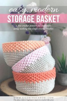 Who doesn't love an easy, stylish modern crochet storage basket to fancy up th., Who doesn't love an easy, stylish modern crochet storage basket to fancy up their home? This free crochet pattern is beginner friendly and uses only s. Crochet Unique, Crochet Simple, Crochet Basket Pattern, Crochet Baskets, Knit Basket, Crochet Bags, Crochet Basket Tutorial, Crochet Animals, Confection Au Crochet