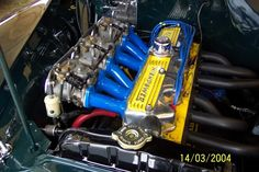 pre EH Repco crossflow head, looks strange in Holden engine room. Cherokee, Holden Muscle Cars, Holden Australia, Australian Cars, Performance Engines, Race Engines, Chevy Pickups, Car Engine, Cars And Motorcycles