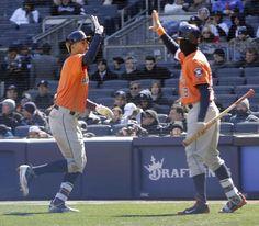 El Nuevo Día: Deportes (4/5/2016) - Jonrón de Correa en el primer partido de los Astros.