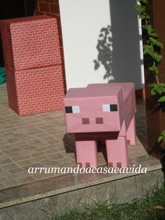 Really cute life size characters. Reminder to save our moving boxes. Minecraft Birthday Decorations, Minecraft Birthday Party, 6th Birthday Parties, Minecraft Box, Minecraft Crafts, Minecraft Skins, Minecraft Buildings, Diy And Crafts, Crafts For Kids