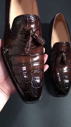 Classic Alligator Leather Tassel Loafer Comfortable Slip-On Dress Shoes - Classic Alligator Leather Tassel Loafer Comfortable Slip-On Dress Shoes Source by crocodileshoes - Mens Shoes Boots, Mens Boots Fashion, Shoe Boots, Man Boots, Boots Women, Formal Loafers, Gents Shoes, Slip On Dress Shoes, Gentleman Shoes