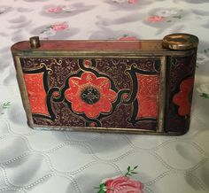 Vintage compact mirror Kamra compact camera compact leather vintage powder compact lipstick cigarette case compact combination by DaynartVintage on Etsy Vintage Cigarette Case, Lipstick Holder, Compact Mirror, Vintage Vibes, Vintage Bags, Leather Tooling, Art Deco Fashion, 1930s, Purses And Bags