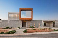 Residência George Michael  / Vardastudio Architects & Designers