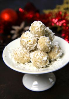 Christmas Candy Apple & Lemon Balls.Here's how you make it. Recipe for both babies and adults.