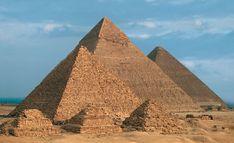Funerary Art   Pyramids of Menkaure, Khafra, and Khufu; Giza, Eypgt; 2601-2515 BCE ...