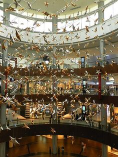 United Arab Emirates-Dubai-The Dubai Mall -world's greatest shopping mall-Star Atrium
