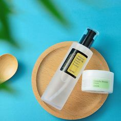 Smooth & Flawless Skin Fast 🍃🐌🍃 Flaunt your flawless skin by these goodies from now: Pimple Scars, Pimples, Acne Scars, Beauty Ad, Beauty Shop, Flawless Skin, Flawless Beauty, Combination Skin Care, Korean Skincare Routine