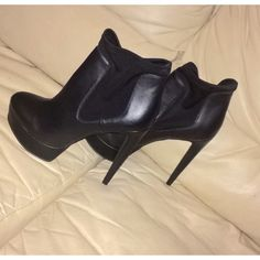 BN Steve Madden boots size 9 New with tags ,, very style boots . Heels size 5.5 inches. Steve Madden Shoes Ankle Boots & Booties