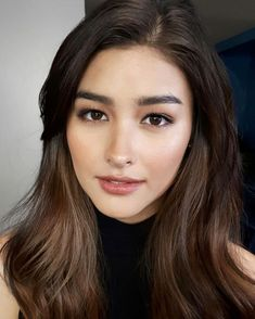 Liza Soberano There is always that one girl that is gorgeous without even trying Filipina Actress, Filipina Beauty, Beauty Makeup, Hair Makeup, Hair Beauty, Liza Soberano Makeup, Filipino Makeup, Lisa Soberano, Asian Hair