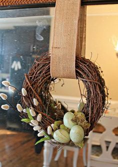 Hometalk :: Easter Wreaths