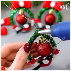 Diy Christmas Decorations For Home, Fabric Christmas Ornaments, Christmas Crafts To Make, Christmas Projects, Handmade Christmas, Holiday Crafts, Christmas Time, Christmas Wreaths, Youtube