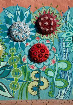 Jane du Rand Mosaics: School Pool Wall Mural using Plascon paint, Image Source plasconspaces.co.za