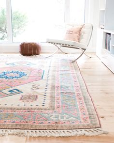 A Large Vintage Turkish Konya area rug with warm pastel colours. - Pastel Rugs - Ideas of Pastel Rugs - A Large Vintage Turkish Konya area rug with warm pastel colours. Tapete Floral, Floral Rug, Pastel Room, Pastel House, Living Room Carpet, Rugs In Living Room, Room Rugs, Southwest Bedroom, Pastel Home Decor