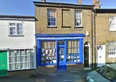 manic ceramics - hertford Things To Do, Ceramics, Mansions, House Styles, Home Decor, Things To Make, Ceramica, Pottery, Ceramic Art