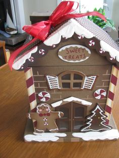 Gingerbread House  photo prop   table scape  by CANDLEBERRYMARKET, $20.00