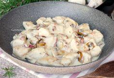 Bocconcini di Pollo Cremosi con Funghi e Pancetta