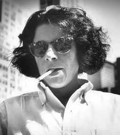 """She may just be the wittiest woman in modern America. Whether she's dishing on literature or fine dining, writer Fran Lebowitz always has us in stitches. A roundup of our favorite quips from the proud New """"Great people talk about. Writers And Poets, Book Writer, Martin Scorsese, It Goes On, People Talk, Public Speaking, Tomboy Fashion, Role Models, Style Icons"""