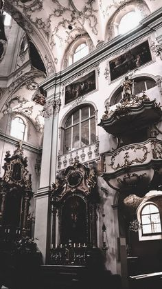 Aesthetic Backgrounds, Aesthetic Iphone Wallpaper, Wallpaper Backgrounds, Aesthetic Wallpapers, Baroque Architecture, Beautiful Architecture, Beautiful Buildings, Renaissance Architecture, Aesthetic Art