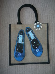 HAND PAINTED JUTE BAG £14.99